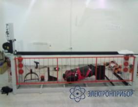 Комбинированная  модель  стенда механических испытаний принадлежностей для ведения работ на высоте СГКЭ-10
