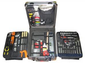 Набор инструментов универсальный в чемодане Universal