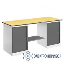 Верстак, оснащенный двумя тумбами ВР-15ТТ/№1