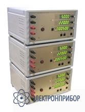 Калибратор переменного тока трехфазный от 40 гц до 400 гц УИ300.2-3.4